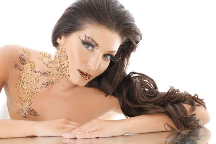 makeup artist, Home